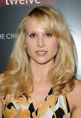 Lucy Punch image 5