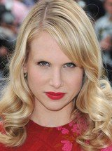 Lucy Punch image 6