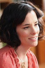 Parker Posey image 5
