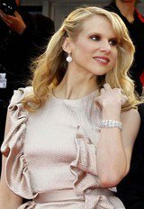 Lucy Punch image 7